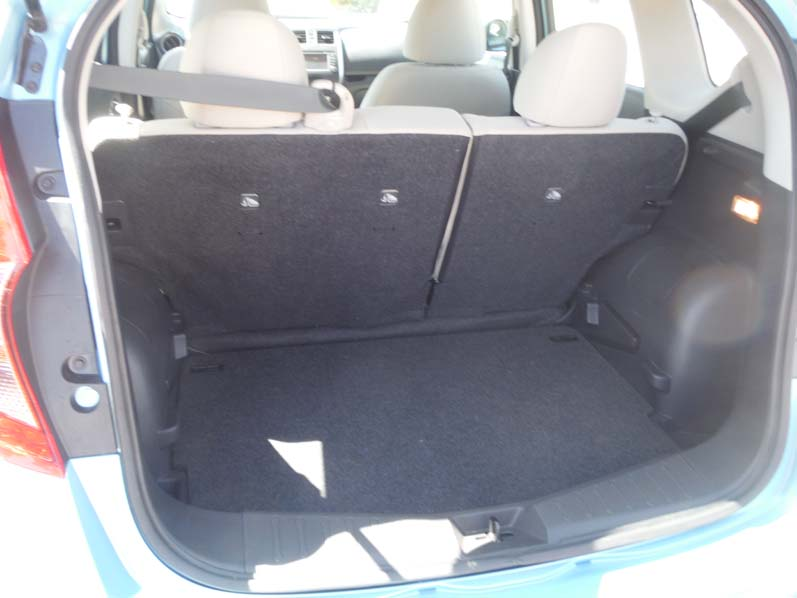 essai routier nissan versa note 2014. Black Bedroom Furniture Sets. Home Design Ideas