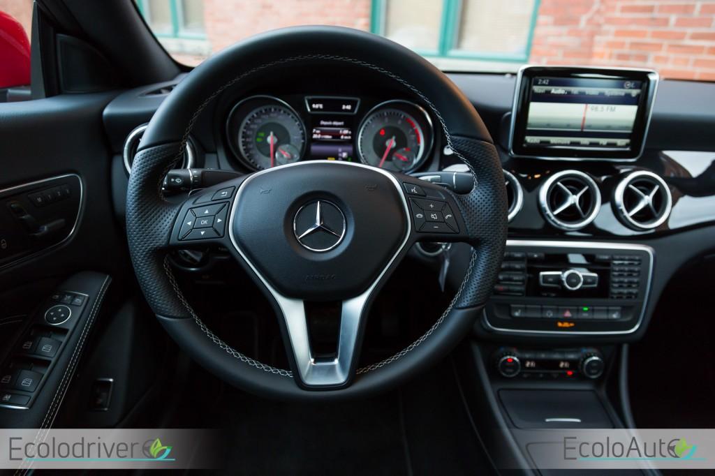 Mercedes benz cla 250 4matic 2015 essai routier ecoloauto for Mercedes benz cla 2015