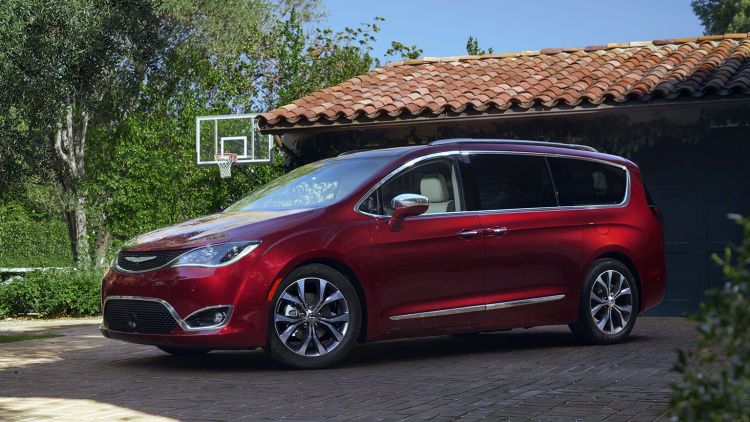 Chrysler Pacifica salon de détroit