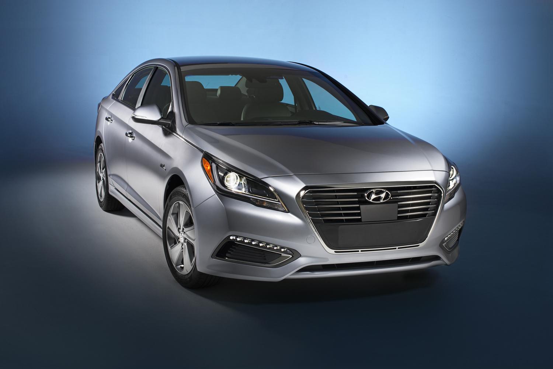 2016-Hyundai-Sonata-Hybrid