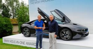 BMW I8 golf trou d'un coup