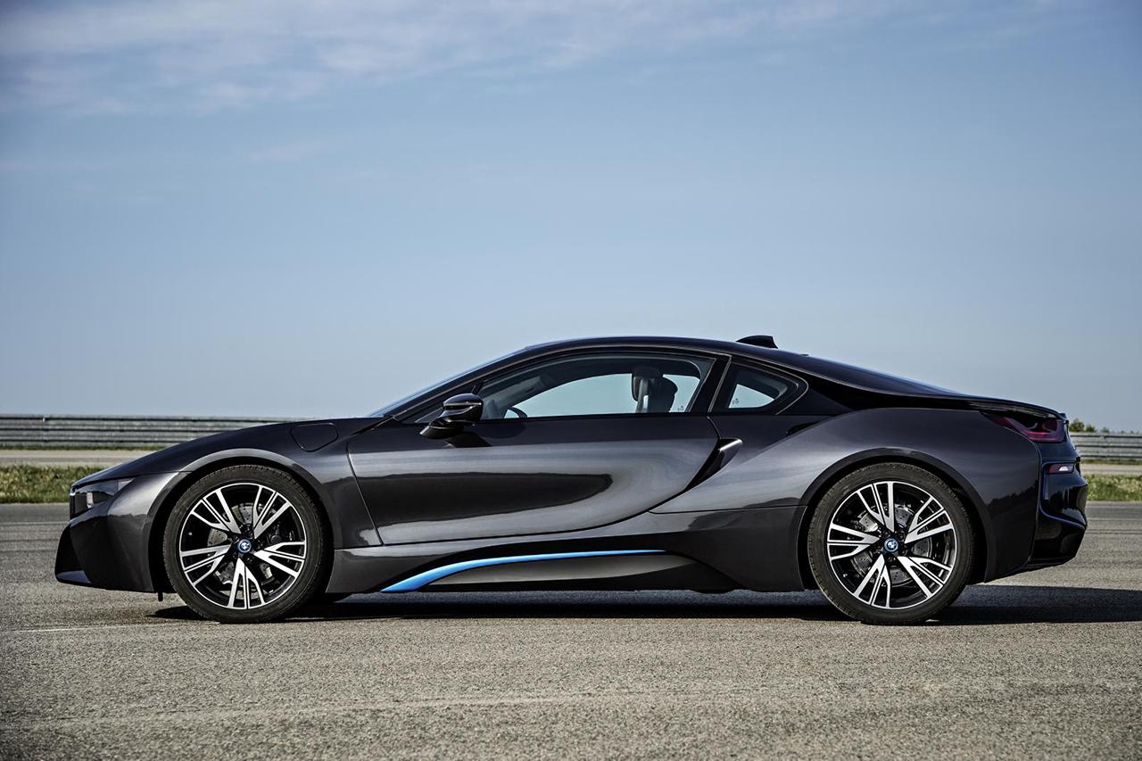 BMW-i8-des-nouvelles-photos-et-videos-3