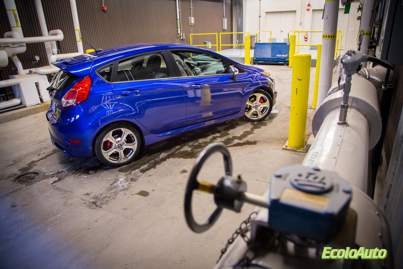 Ford-Fiesta-ST-2014-33