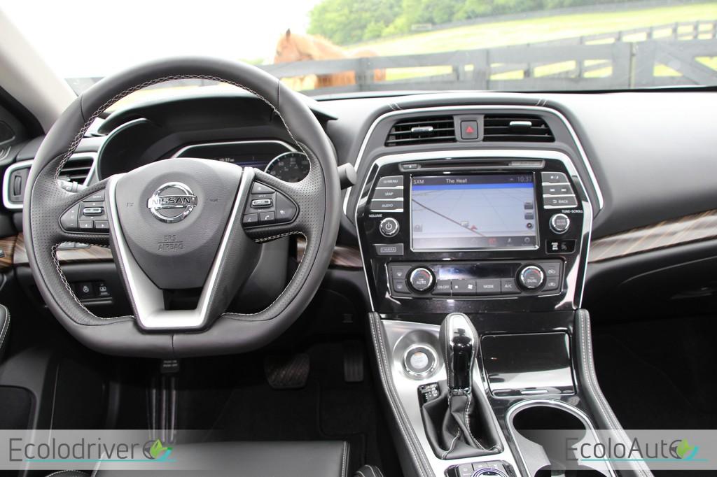 Nissan Maxima 2016 habitacle