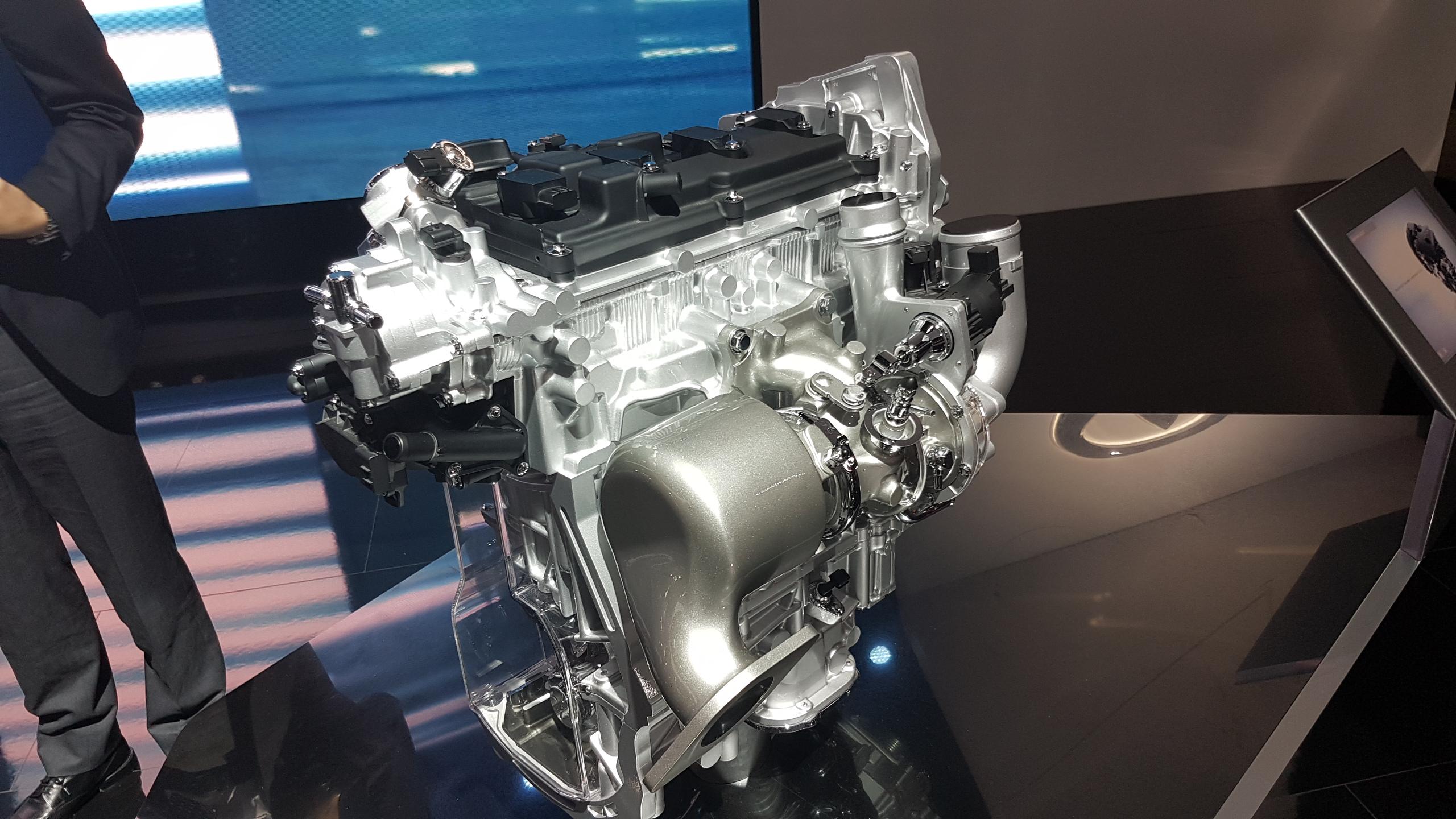 infiniti-vc-t-moteur-1