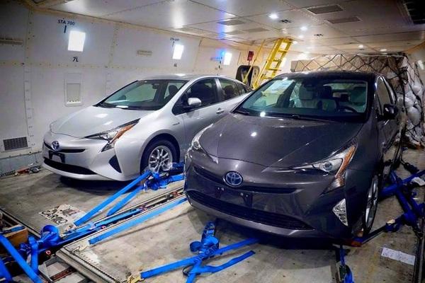 S7-La-nouvelle-Toyota-Prius-se-montre-enfin-en-clair-360136