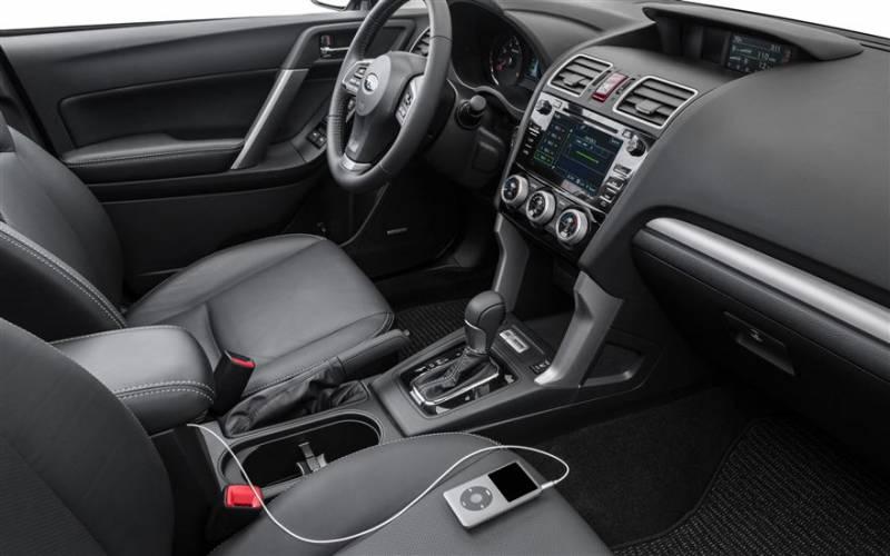 Subaru Forester 2017 interieur (4)