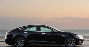 Tesla voiture autonome