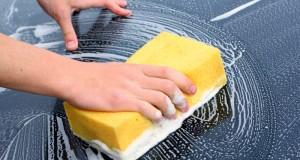 laver l'extérieur de sa voiture